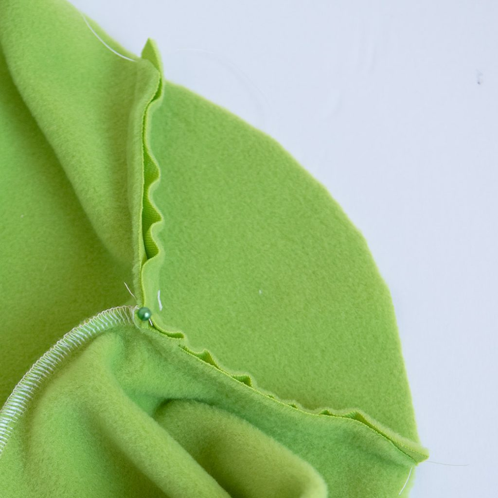 basting back gusset to fleece leggings