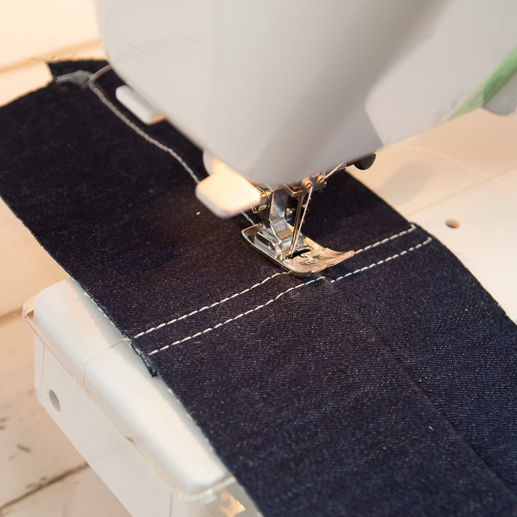 leveling out machine foot for topstitching