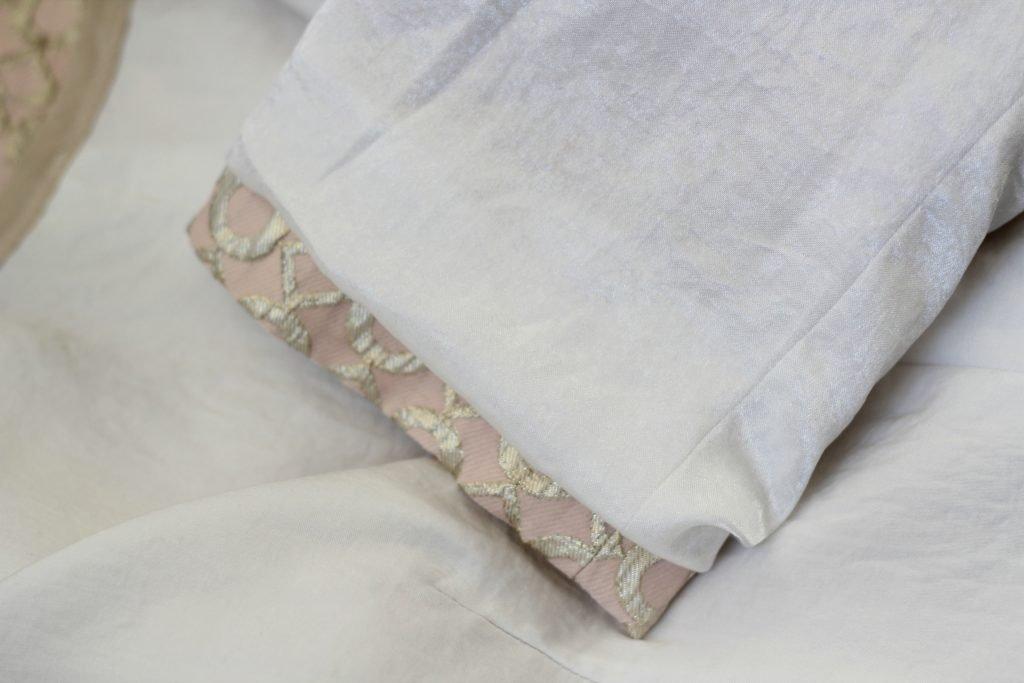 sleeve lining on metallic brocade jacket