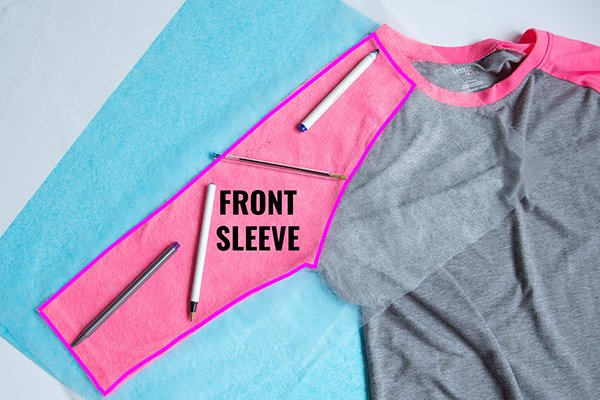 tracing front sleeve on raglan t-shirt