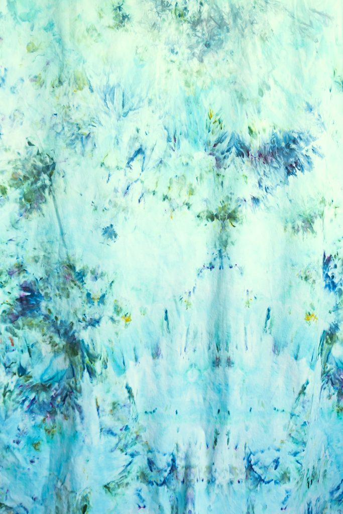 closeup of fabric dyed with ice dyeing