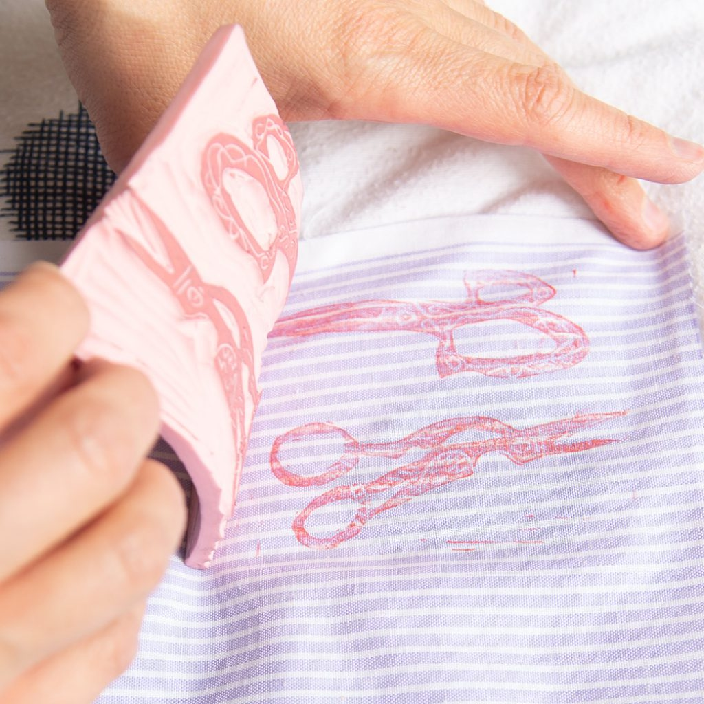 How to block print fabric: peeling an inked block off of fabric