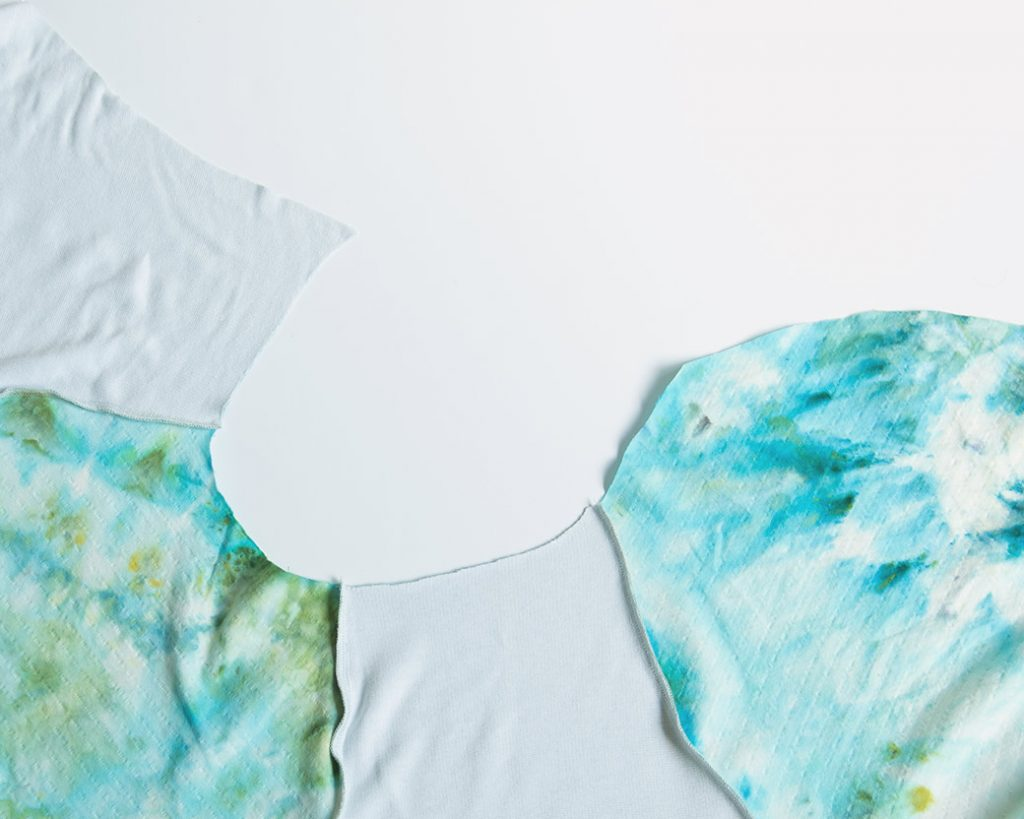raglan t-shirt neckline before binding