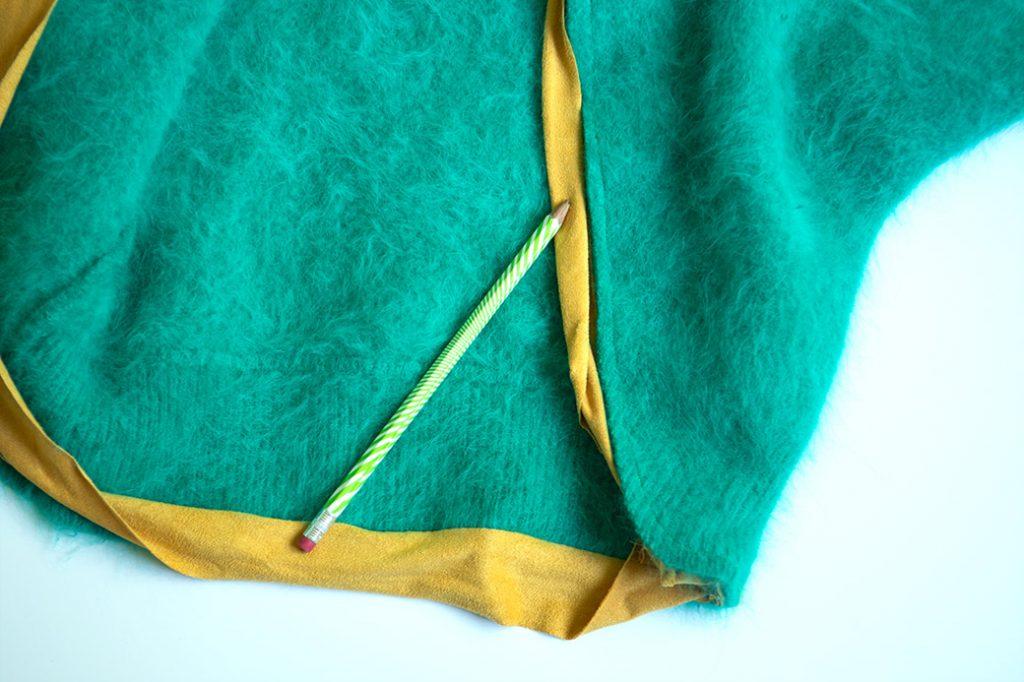 folding edge of suede knit binding