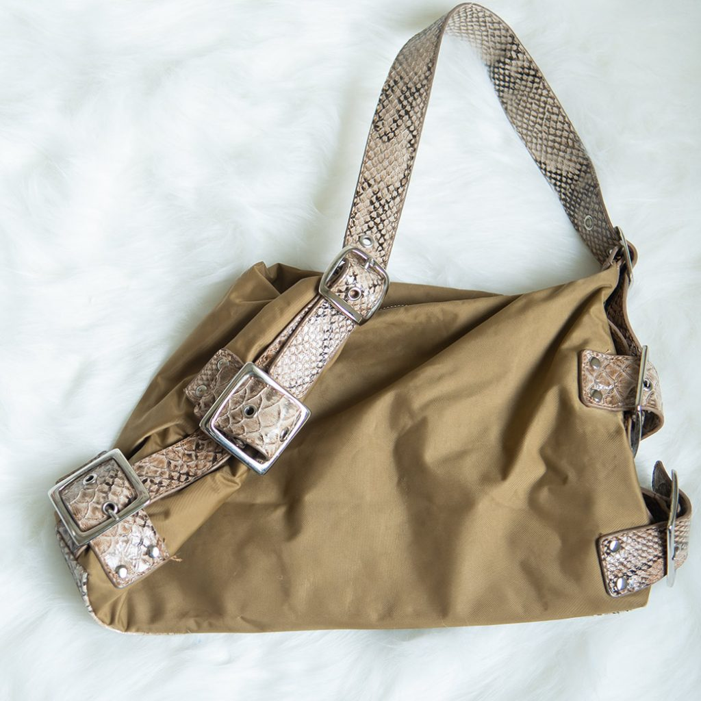 sewing supplies at thrift stores: old bags for hardware
