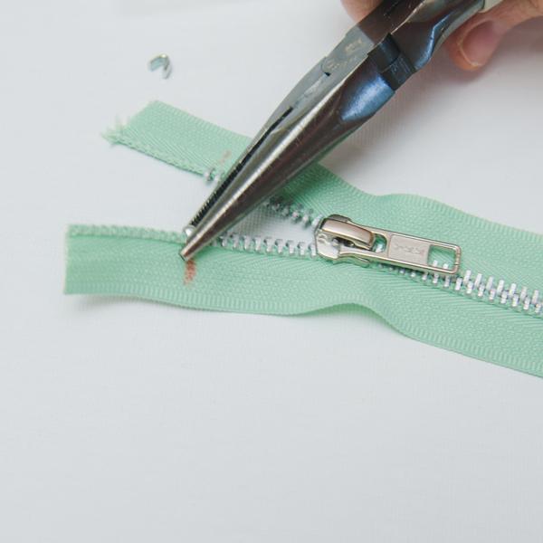 add top stop to zipper